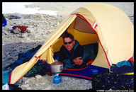 Matt in the tent at Shepard´s Pass (12,000´)